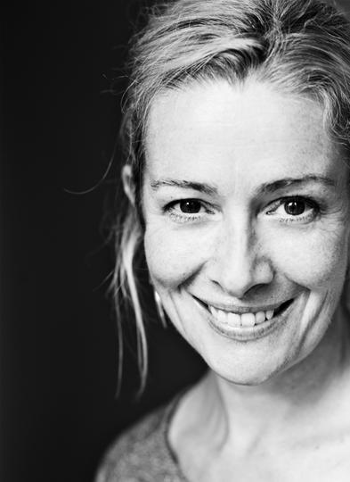 Emma Fielding in A Woman of No Importance