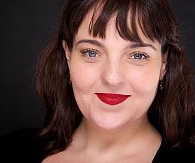 Susie Valerio (Brazilian Portuguese - Home Studio)